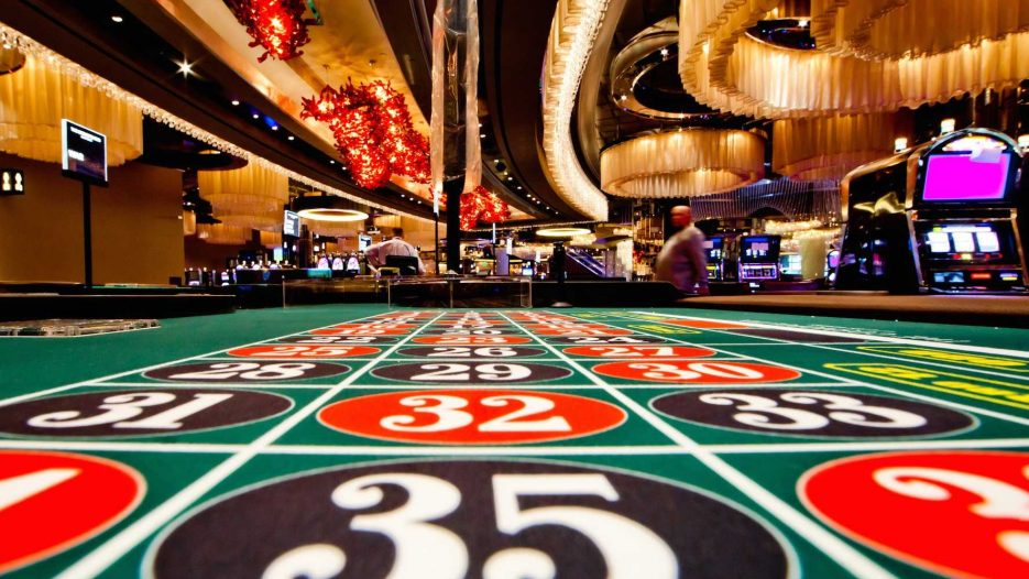 Why You Should Play At Online Casinos Not Bookmakers